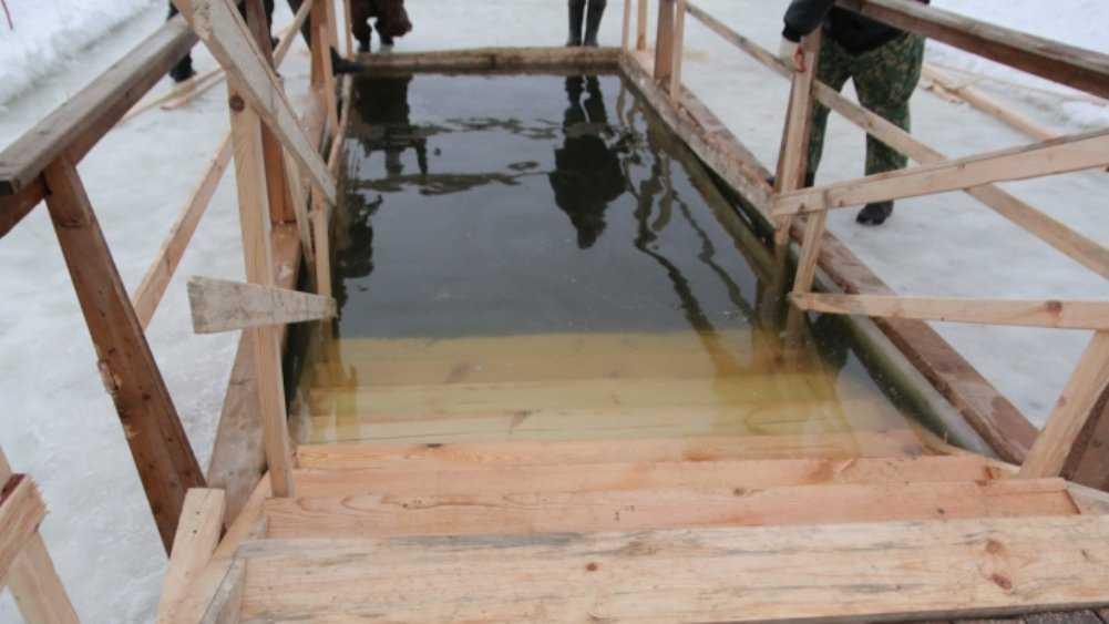 В Клинцах из-за коронавируса отменили Крещенские купания