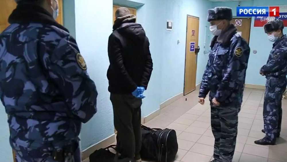Главаря сигаретной мафии Курилова экстрадировали в Брянск