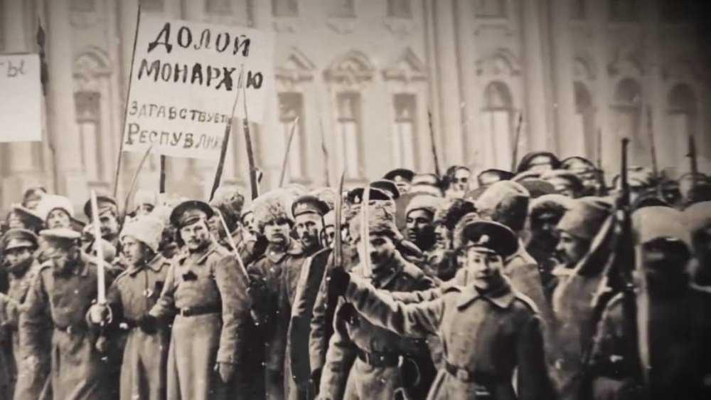 Брянские дети стали спрашивать, что такое революция и митинг