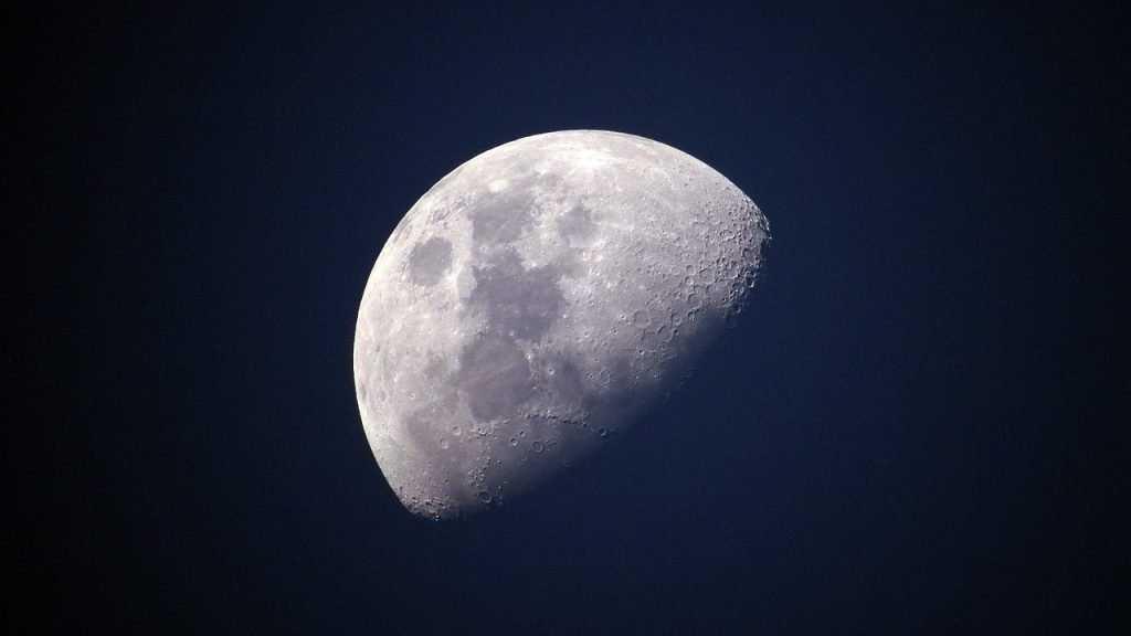 Россиянам закрыли Луну