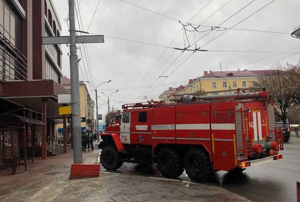 Брянцев напугали машины спасателей возле «Родины»