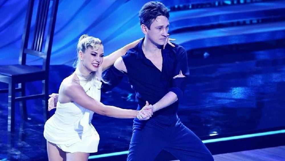 Брянский актер Антон Шагин не смог блеснуть на «Танцах со звездами»
