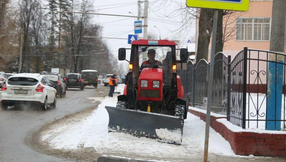 С улиц Брянска в январе вывезли более 35 тысяч тонн снега