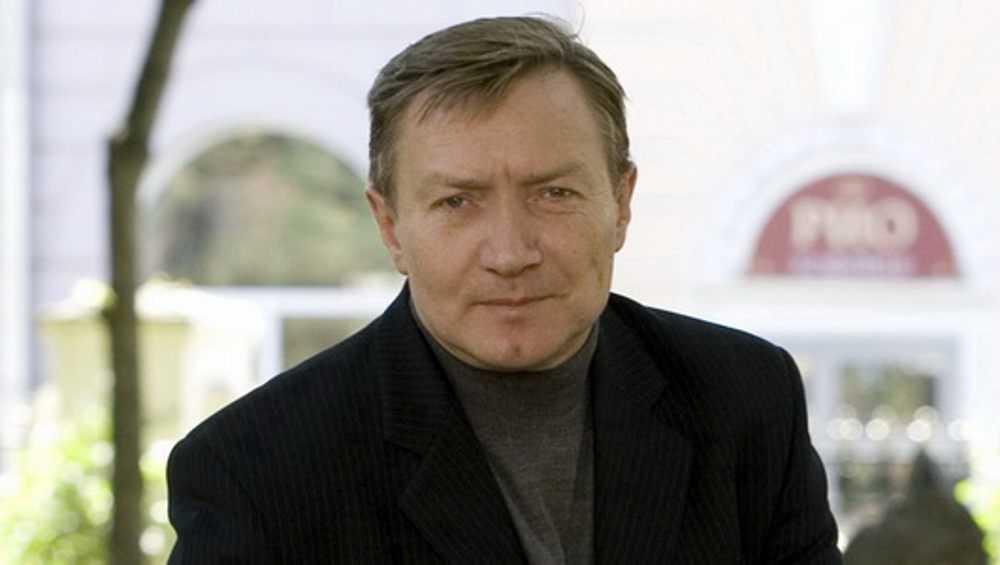 Двое брянцев попали в число победителей конкурса российских писателей