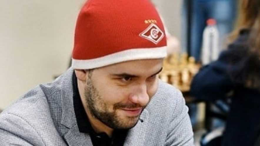 Брянский шахматист Ян Непомнящий обыграл чемпиона мира Карлсена