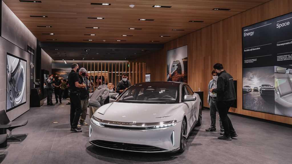 Финансовый пузырь электромобилей начал лопаться