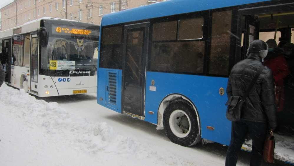 В Брянске с начала года у водителей автобусов выявили 308 нарушений