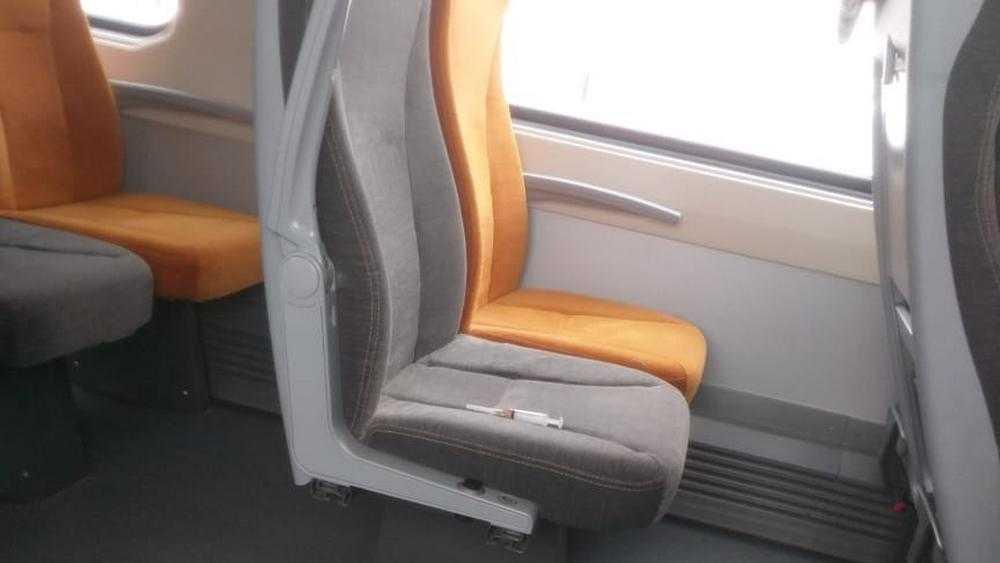 В поезде Брянск − Москва на сиденье обнаружили шприц наркомана