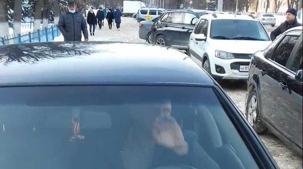 Жертву брянского провокатора с видеокамерой наказала полиция