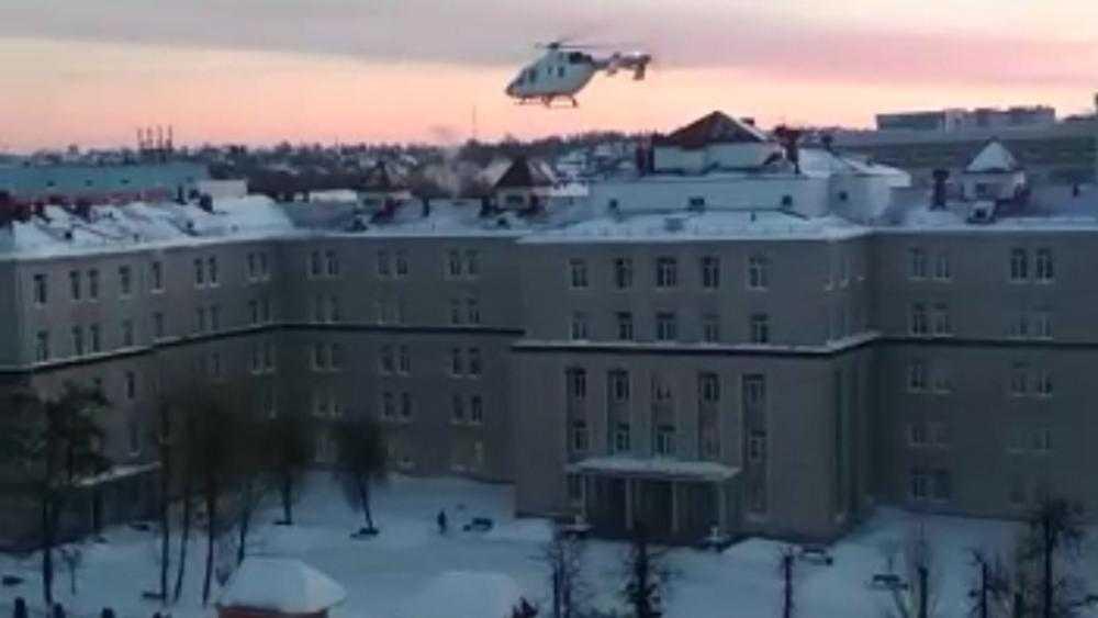 После экстренного рейса санитарный вертолёт приземлился в Брянске