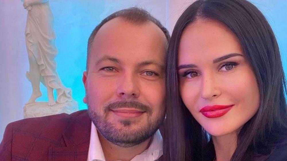 После ДТП ушла из жизни жена известного певца Ярослава Сумишевского