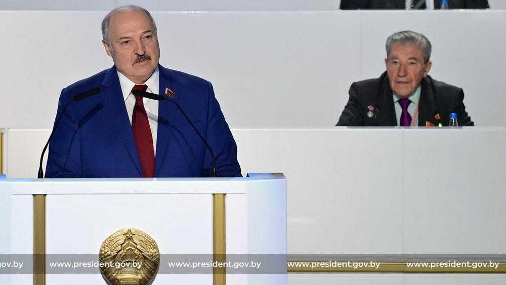 «Компанию вырезаем»: для брянской торговли предложили рецепт Лукашенко