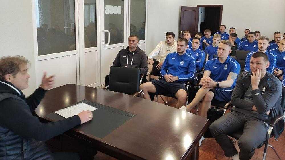 Нового директора ФК «Динамо» обескуражило состояние стадиона в Брянске