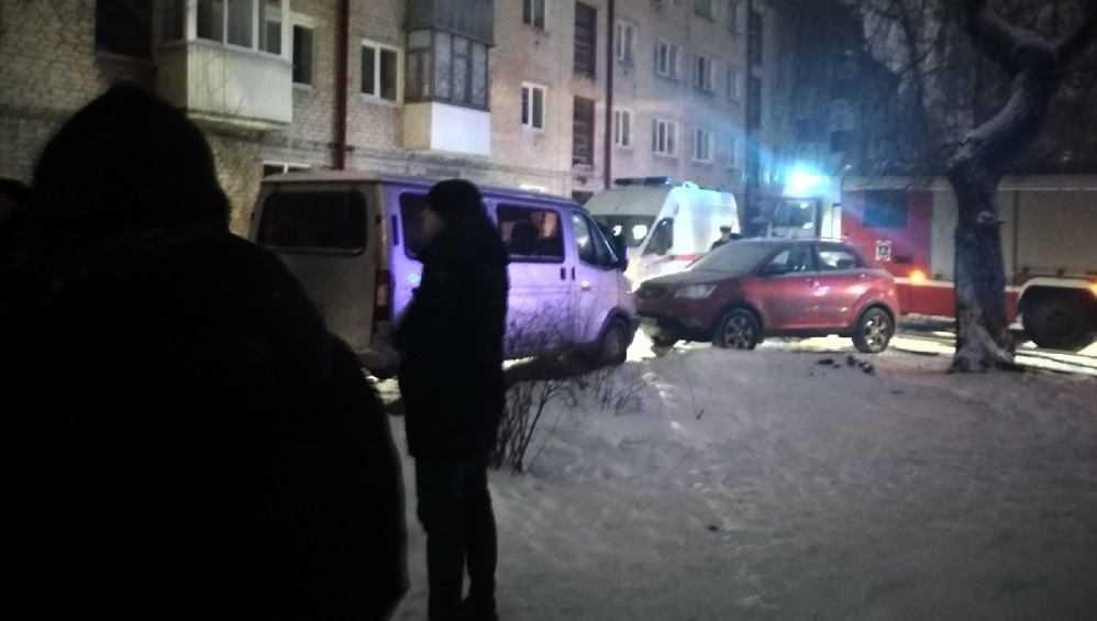 В Брянске при пожаре в доме на улице Гоголя пострадал 74-летний мужчина