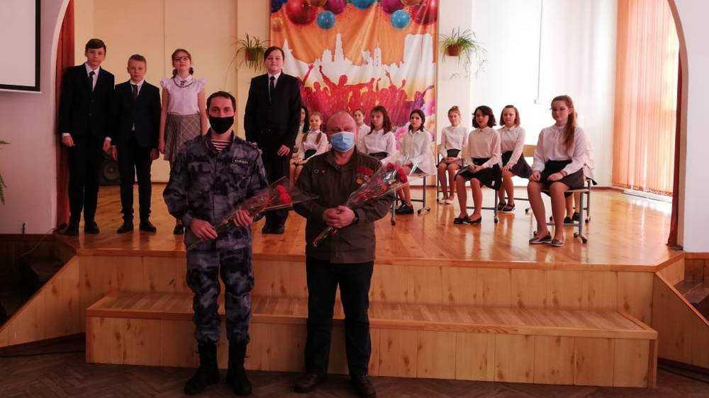 Брянские росгвардейцы провели урок к годовщине вывода советских войск из Афганистана
