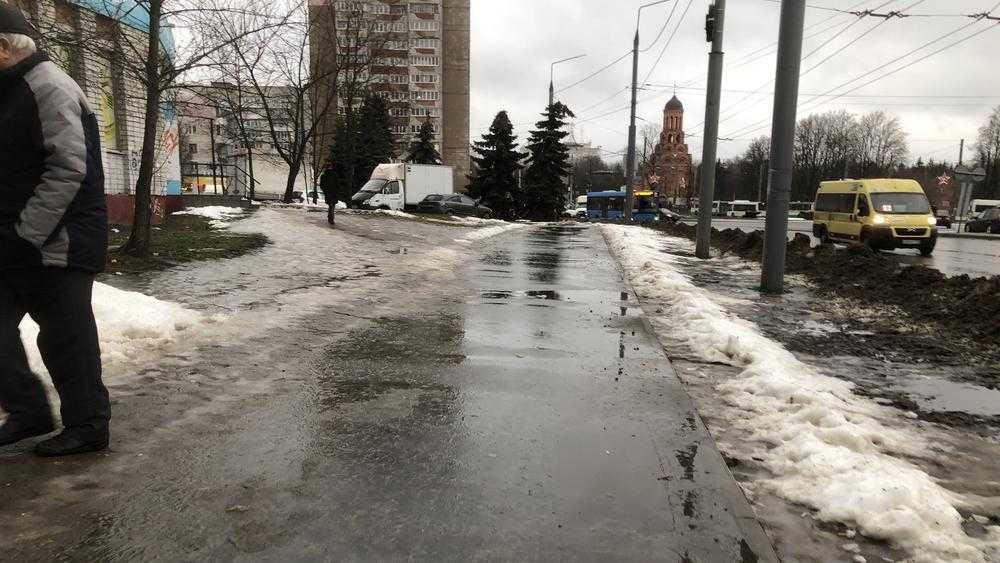 Найдено коренное отличие брянских тротуаров от московских
