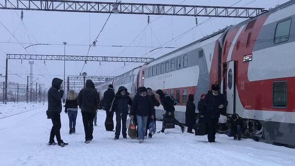 Снегопад не повлиял на движение поездов в Брянской области
