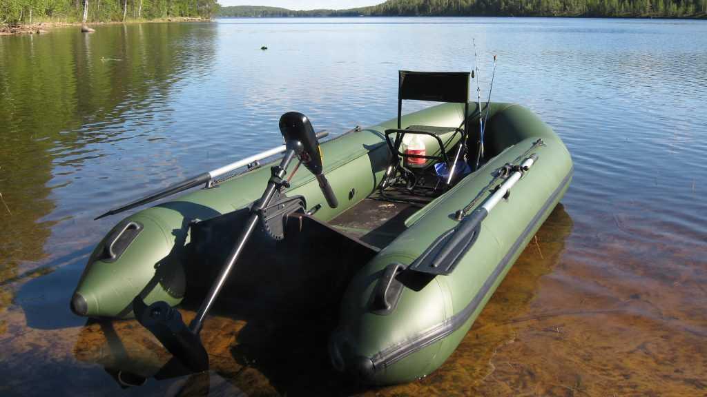 Какую надувную лодку ПВХ выбрать