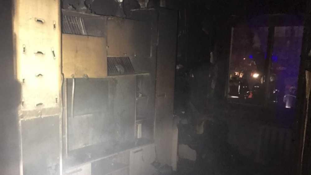 В Брянске при пожаре в доме эвакуировали 11 жильцов и спасли человека
