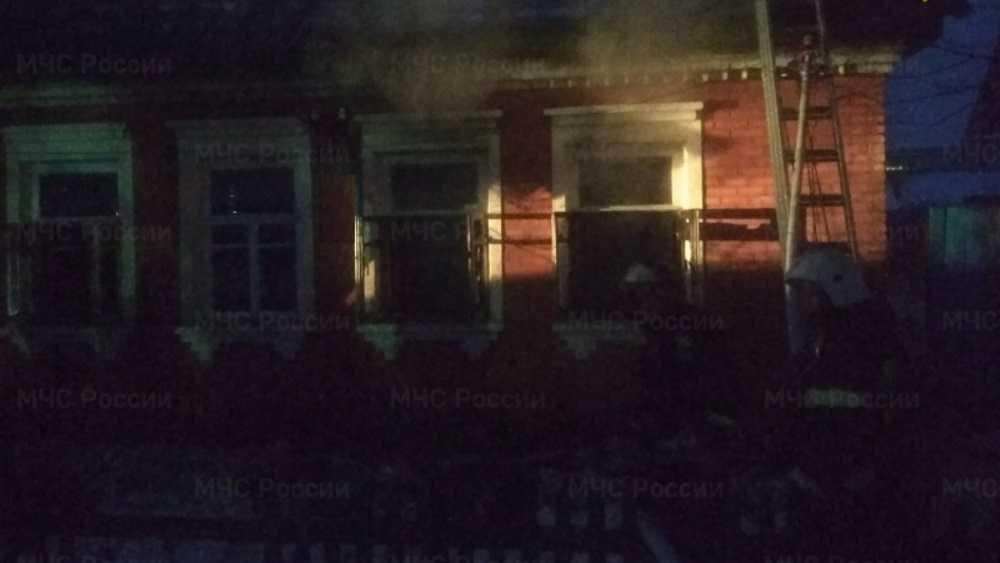 В Брянске во время пожара в посёлке Октябрьском погиб мужчина
