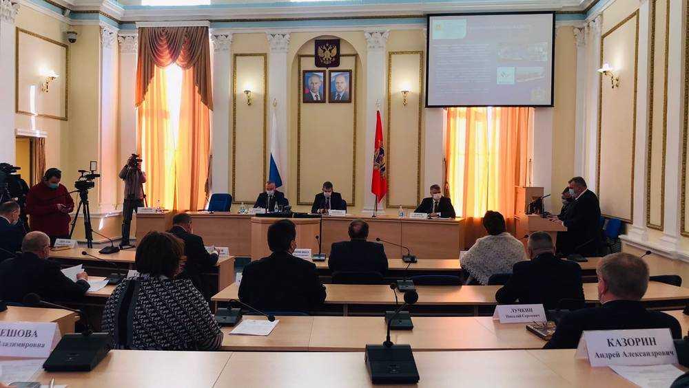 В Брянске открылось заседание областного совета муниципальных образований