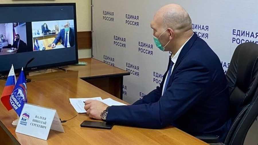 Новозыбковцы попросили Николая Валуева помочь с фотозоной и актовым залом