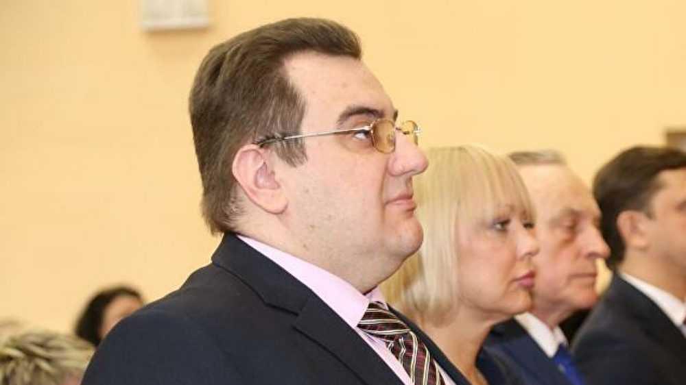 Орловский чиновник удивился отказу граждан работать за 15 тысяч рублей