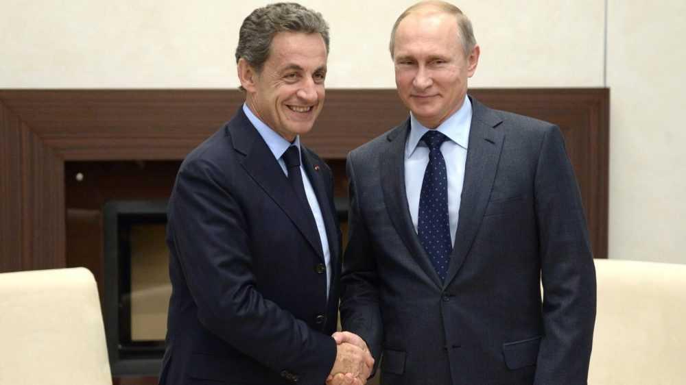 Бывшего президента Франции приговорили к тюрьме за коррупцию