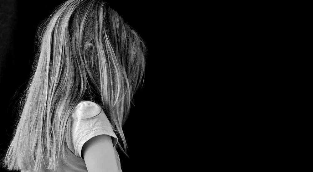 В Брянской области 17-летняя девушка совершила самоубийство