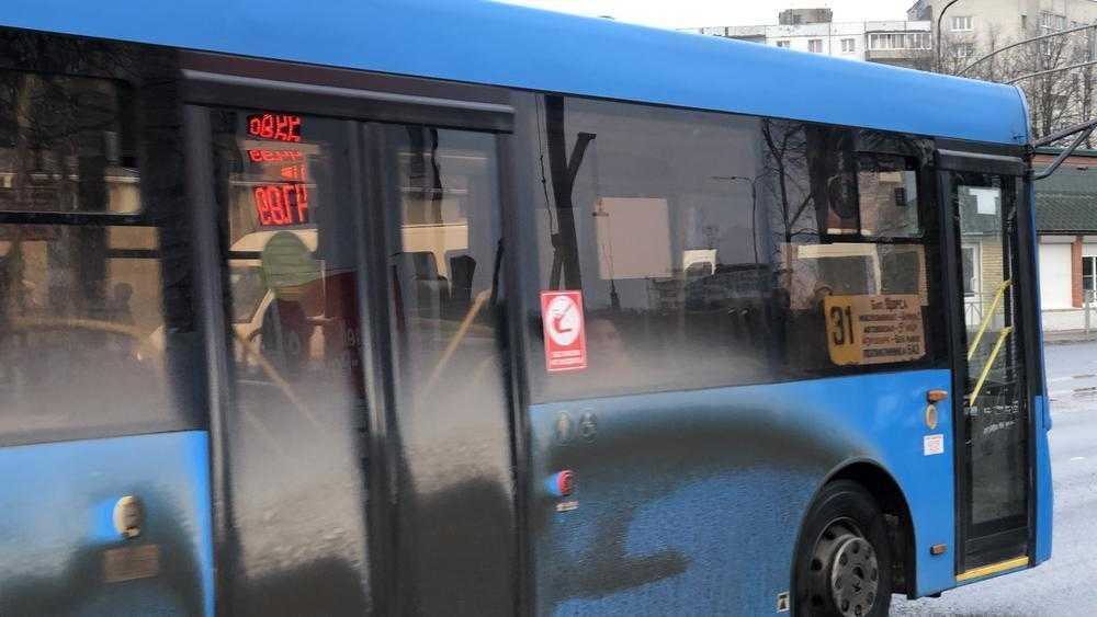В Брянске 9 мая автобусы пойдут в обход центра города