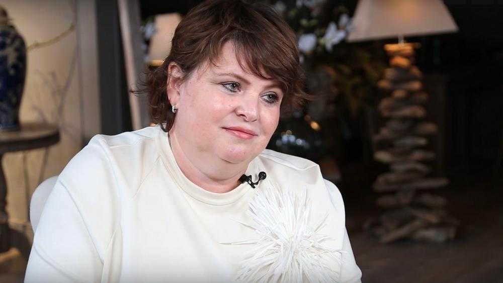 Глава Брянска Марина Дбар призналась, что ценит в людях ум и искренность