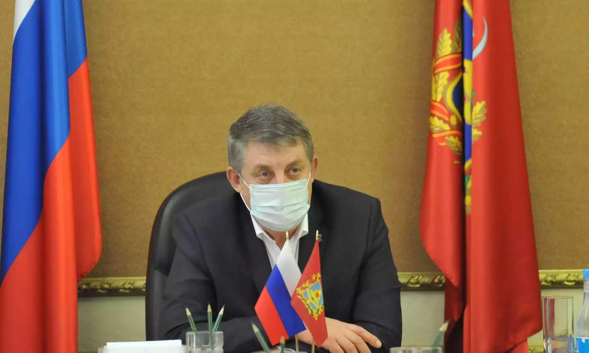 Брянский губернатор Богомаз потребовал контролировать приемные семьи