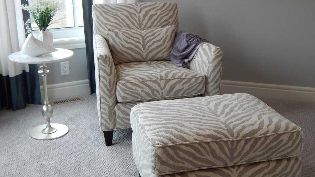 Уютные кресла для домашнего интерьера