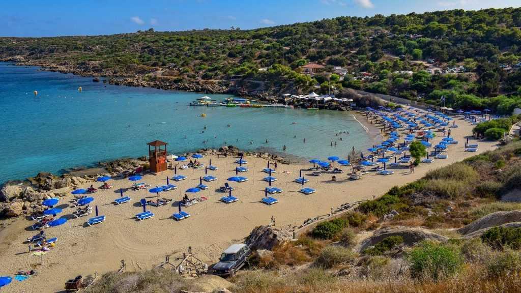 Жители Брянской области с 1 апреля смогут отдыхать на Кипре