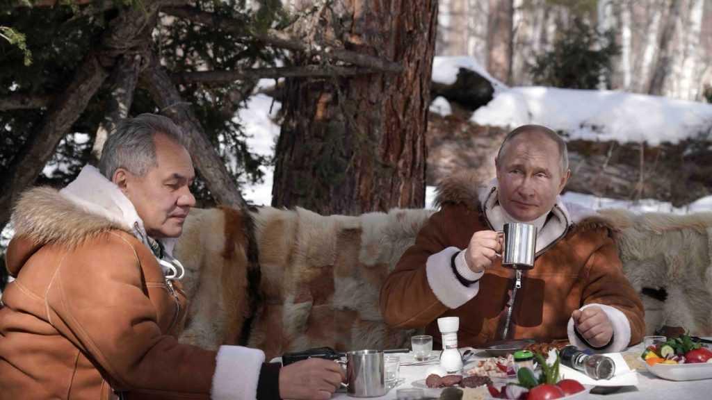 Путин привился первым компонентом вакцины от коронавируса