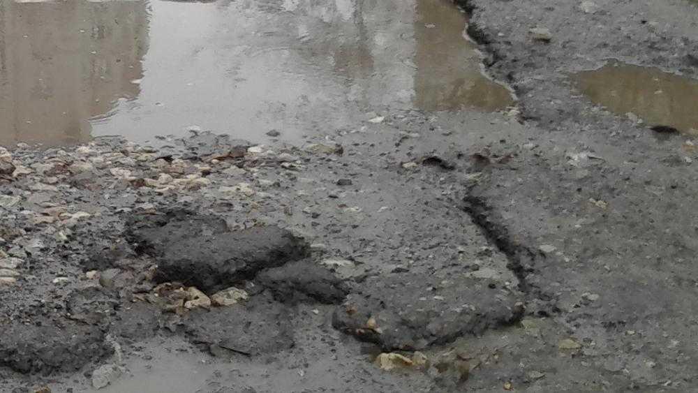 В Брянске после ремонта на проспекте Станке Димитрова снова появились ямы