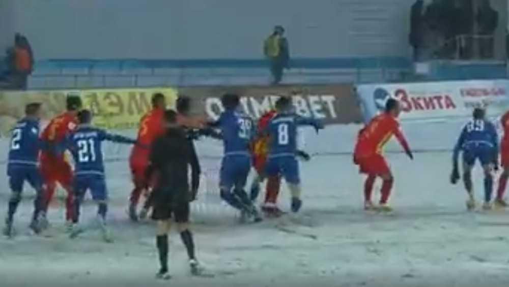 Брянское «Динамо» проиграло на своем поле «Алании» со счетом 0:2
