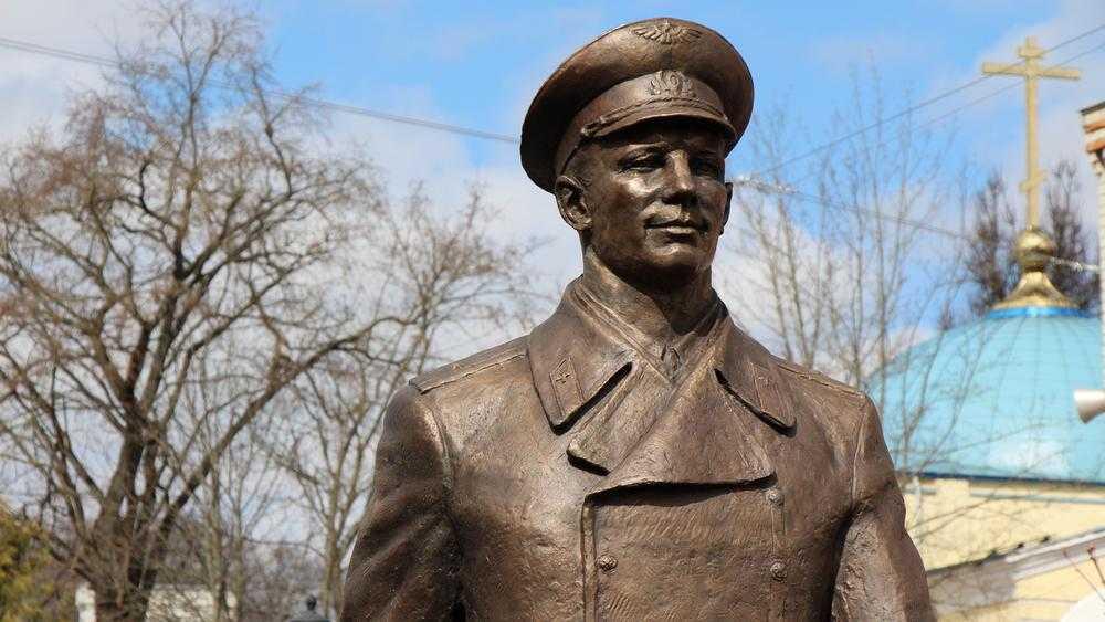 Памятник первому космонавту Юрию Гагарину в Брянске наконец узаконят