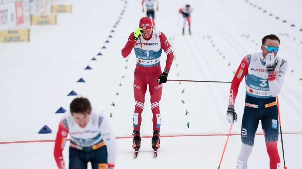 Канадские чемпионы поддержали брянского лыжника