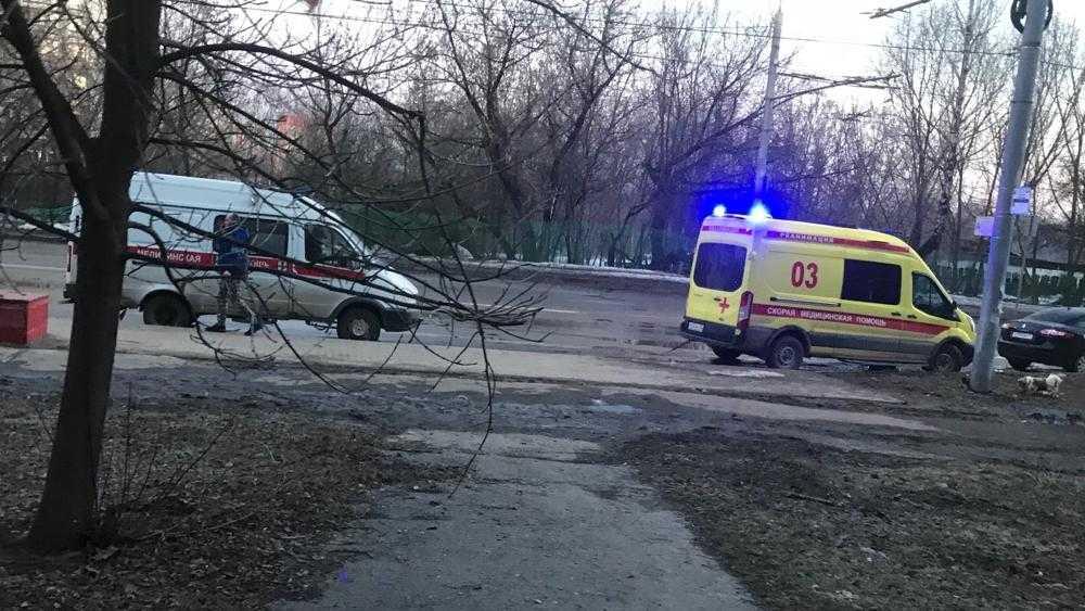 В Брянске скорая помощь при буксировке другой машины врачей попала в ДТП