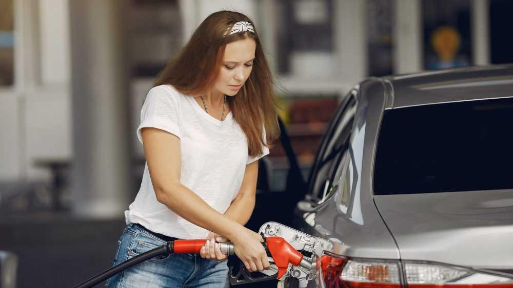 Эксперты спрогнозировали дальнейший рост цен на бензин в России