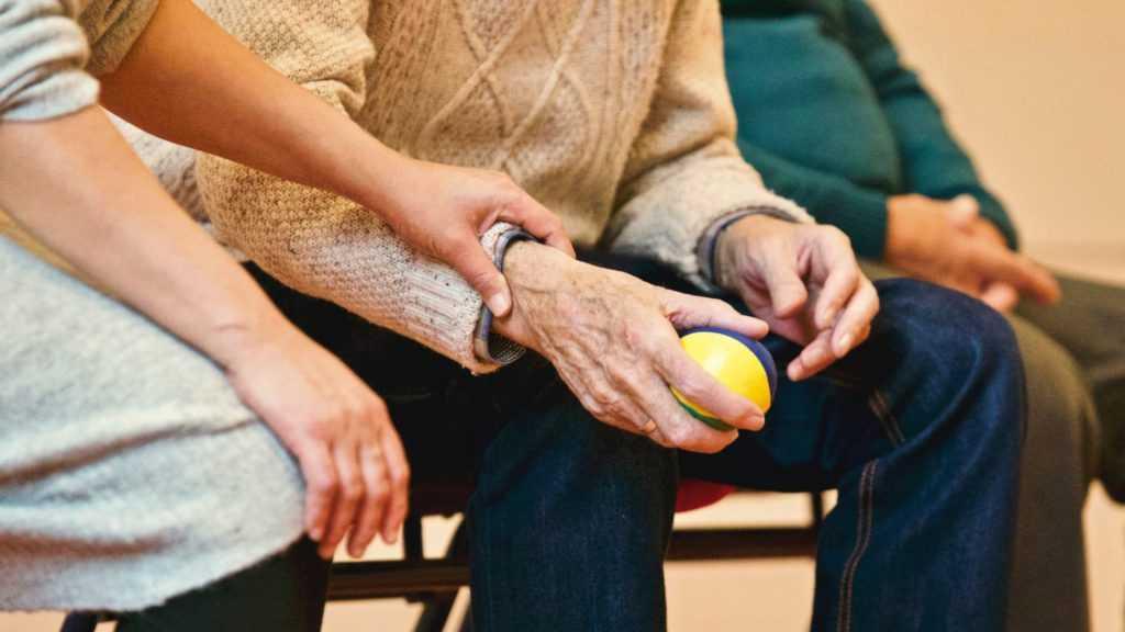 В Кремле высказались о планах снова повысить пенсионный возраст