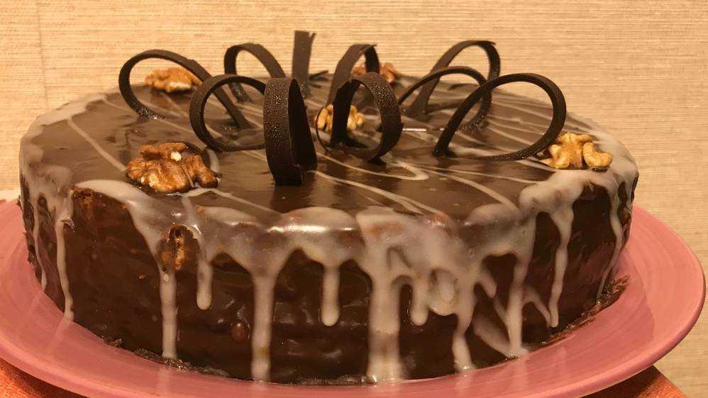 В Брянске перед 8 Марта расхватали даже огромные торты