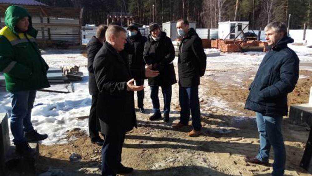 Ледовый дворец в Жуковке пообещали открыть к июню 2021 года
