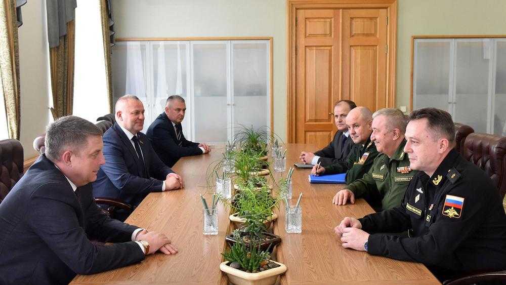 В Брянск для проверки призывной кампании прибыл контр-адмирал Цимлянский