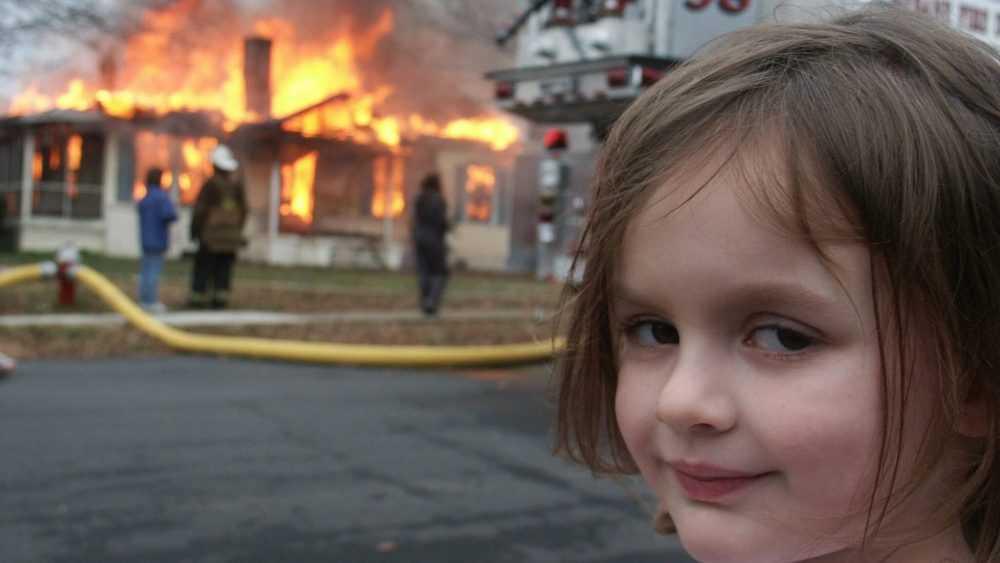 Фото «девочки-катастрофы» продали за 500 тысяч долларов