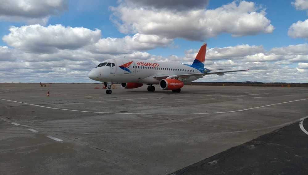Первый авиарейс выполнен из Брянска в Волгоград и Ростов-на-Дону