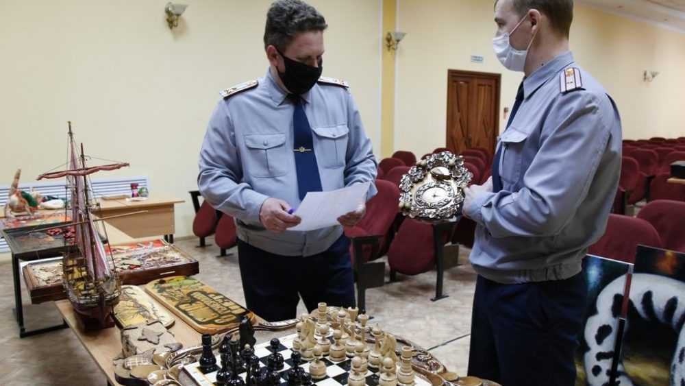 В УФСИН России по Брянской области выбрали лучшие поделки осужденных