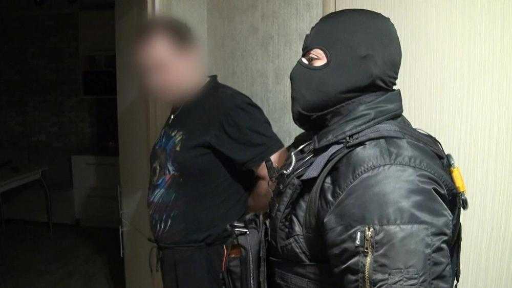 В Брянске силовики задержали группу медиков морга областной больницы