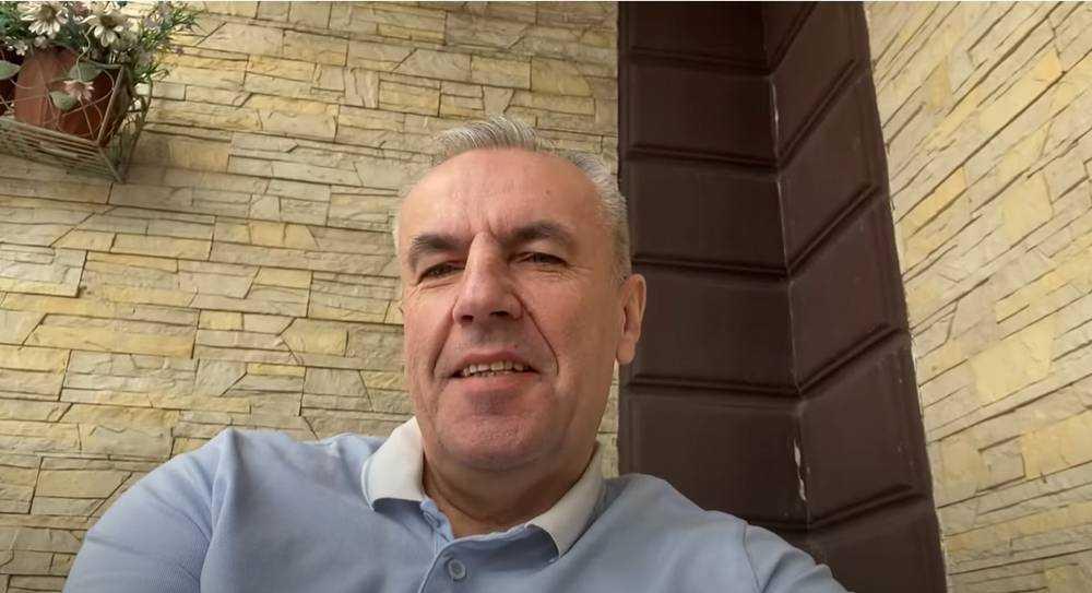 Подруг своей жены брянский бизнесмен Коломейцев напугал интимными разоблачениями